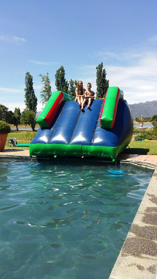 swimmingpoolslide